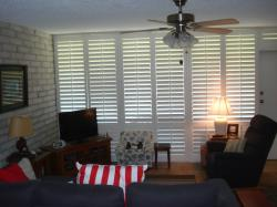Click to enlarge image 2nd view of living area - 211 Sea Sands - $137,0002BD/2BA Condo, 1044 sq ftPort Aransas, Texas